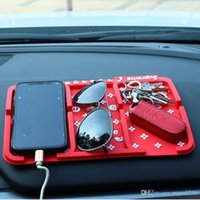 soporte para cámara de teléfono móvil al por mayor-Skid Proof Auto Car Sticky super fashion Dashboard Anti Slip Pad GPS Soporte móvil para iPhone Cámara MP3 MP4 Móvil Iphone Teléfono celular