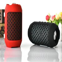 Wholesale 2018 new outdoor ultra low stress long lasting explosive mini Bluetooth stereo GB large capacity player gift