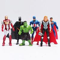 poupées pour garçons achat en gros de-Anime action figure The Avengers figurines super héros jouet poupée bébé hulk Captain America thor homme de fer 1 pcs Kid garçon cadeau d'anniversaire