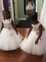 Wholesale Tea Length Holy Communion Dresses - 2018 Adorable Satin Tulle Flower Girl Dresses With Big Bow Ball Gown Zip Closure Kids Holy First Communion Party Gowns