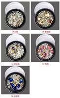 nail art perlen farbe großhandel-Nail Art Zubehör Black Boxed Color Shaped Nagelspitze Diamond White Diamond Elf Bead Glasperlen Gemischt