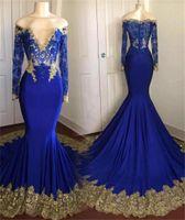 blaue meerjungfrau chiffon abendkleid großhandel-Weg von der Schulter Spitze Appliques Hofzug Abendkleider New Royal Blue Langarm Meerjungfrau Abendkleider