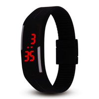 çocuklar için dijital saat toptan satış-YENI moda şeker renk izle 14 renkler Silikon jöle izle Unisex Spor LED saatler erkek kadın çocuk Dokunmatik Dijital Bilek İzle çocu ...