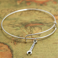 outil handyman achat en gros de-12pcs / lot clé bracelet charme bracelets réglables outil bijoux bricoleur cadeau charpentier cadeau