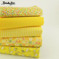 arte de la tela artesanal al por mayor-Booksew Design 100% Cotton Fabric 5 Diffetrent Yellower Series Art Work Textiles para el hogar Bundle Coser Muñecas Juguetes Artesanías 50cm * 50cm