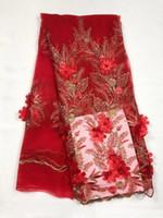 rot dres gold großhandel-2018 hohe Qualität Afrikanische Spitze Stoffe / Französisch Net Stickerei Rot Gold Applique Perlen Tüll Stoff Für Nigerianischen Hochzeit Dres