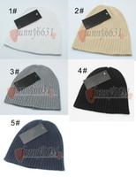 boina quente de mulheres de inverno venda por atacado-Inverno homem chapéu de lã boinas tampas de outono mulher quente chapéus Moda chapéu de malha para o homem e a mulher stripe Knitting 5 cores frete grátis