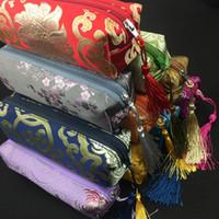 ingrosso matite nappe di seta-2pcs sacchetti di imballaggio del regalo della chiusura lampo della nappa di rettangolo impermeabile per il sacchetto cosmetico della collana dei monili del broccato del sacchetto della matita di trucco