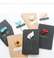 tarjetas de felicitación universales al por mayor-2 Unids papel hecho a mano flor creativa DIY retro kraft papel hecho a mano tarjeta de felicitación de flores secas festival tarjeta de felicitación universal