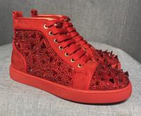 marca sapatos de festa homens venda por atacado-Red Bottoms moda botas de marca Studded Spikes Flats sapatos sapatos de fundo vermelho para homens e mulheres amantes do partido tênis de couro genuíno