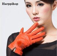 luva de bola de couro venda por atacado-Preço barato desconto 2017 100% luvas de couro genuíno feminino luvas de pele de carneiro das mulheres finas vison térmica bola de cabelo de moda