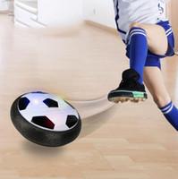 jogos elétricos para crianças venda por atacado-New Classic Crianças Brinquedos de Suspensão de Futebol LEVOU Almofada De Ar Elétrico de Futebol Disco Pneumático Para Crianças Menino Brinquedo Jogo Indoor atacado