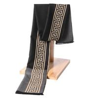 bufanda del diseñador de la borla al por mayor-Nuevo Invierno Cálido Suave Borla de moda Hombres Chal Hombres Bufanda diseñador de lujo Hombres Bufanda de Cachemira Clásica