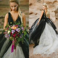 Wholesale black simple gothic wedding dresses online - 2018 Vintage Black and White Wedding Dress Gothic Deep V Neck Sleeveless Lace Top Tulle Skirt Beach Bridal Gowns Backless Brides Wear