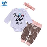 ingrosso cervi di abbigliamento della neonata-3pcs neonato Baby Girl vestiti Set lettera manica lunga pagliaccetto + stampa cervo pantaloni + fascia Baby Cartoon abbigliamento