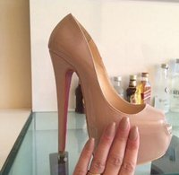 ingrosso grandi sandali inferiori-2018 donne nuova moda rosso fondo tacchi alti scarpe vestito partito scarpe tacco alto super stiletto peep toe sandali big size da 34 a 42