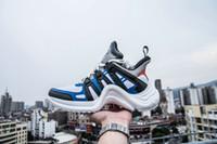 zapatilla botas botas mujer al por mayor-Nuevas mujeres de la marca ArchLight zapatillas de deporte de cuero Sneaker para hombres Mujeres Triple S zapatillas de deporte de la moda Casual botas al aire libre desfile de moda