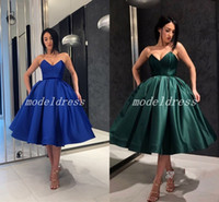 grüne kleider großhandel-2018 Hunter Green Short Cocktailparty Kleider Sweet Heart Knielangen Plain Ballkleid Formale Abend Prom Party Kleider Homecoming Kleid