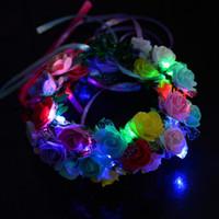 accesorios del pelo de la boda de hawaii al por mayor-Las mujeres de las muchachas encienden LED que destella las flores venda Guirnalda de la guirnalda Hawaii Beach Party Hair Accessories Wedding Party Decor