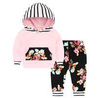 başlık giysileri toptan satış-Bebek Giysileri 2 ADET T-shirt ile Hood Çiçek Uzun Pantolon Kızlar Kıyafetler Yenidoğan Giysileri Kızlar için Toddler Bahar Suit