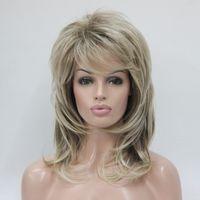 perruques de longueur moyenne ondulées brunes achat en gros de-Hivision mode charmant mélange de blond de santé et de racine brune dorée longueur moyenne moelleux ondulé frange féminine pour chaque jour perruques de cheveux