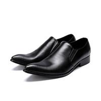 sapatos de escritório preto venda por atacado-Design simples Homens Sapatos de Vestido Preto Dedo Apontado Toe Deslizamento Em Sapatos De Couro de Lazer de Negócios Homem Escritório Carreira Sapatos Tamanho 39-46 Hombre Zapatos