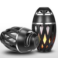 ingrosso altoparlante wireless bluetooth nero-2018 hot flame LED light Altoparlanti portatili Outdoor impermeabile bluetooth senza fili Stereo lettore audio HD per il nero