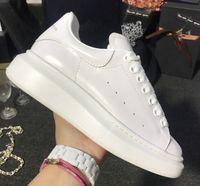 erkekler için tasarımcı elbise ayakkabıları toptan satış-2018 Moda Ayakkabı Tasarımcısı Ayakkabı yükseklik artışı Kadın Erkek Sneakers Rahat Ayakkabılar Katı Renkler Erkekler Bayan Sneakers Elbise Shoeize 35-44