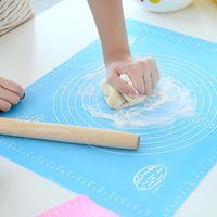 knetenden teig großhandel-Große Größe Silikon Kuchen Matte Teig Rolling Kneten Backmatte Mit Skala 50 * 40 cm Roll Cut Mat Fondant Ton Gebäckglasur Teig Werkzeuge