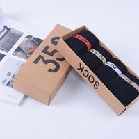 calcetines de un tamaño al por mayor-2018 recién llegado 350 V2 Running Socks One Box 4 pares 4 colores SPLY - 350 hombres mujeres calcetín Free Size 350 Sports Socks envío negro de DHL