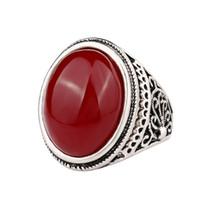 ingrosso antichi anelli di fidanzamento ovali-Vintage Tibetano The Black Friday Jewelry Big Black Red Anello in resina ovale color argento antico Anello di fidanzamento per gli uomini