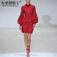 modische frauen kleider großhandel-Neue Kleider der Frauen im Herbst 2018, roter moderner und eleganter Frauen Rock, Laterne Sleeves Taille Röcke, dünne vielseitige Kleider