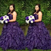 vestido roxo colorido venda por atacado-Vestidos De Casamento Do Vintage Colorido Plus Size Roxo Organza Ruched Top Querida Decote Ruffles Saia Lace-up Voltar Vestidos De Noiva