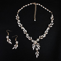 Wholesale Bridal Jewelry Sets Korean - 2018 Korean Style Gold Leaves Earring Necklace Set Headban HeadPiece Rhinestone Crystal Flower Faux Pearls Bridal Party Bridal Jewelry