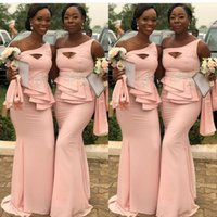 um ombro vestidos para damas de honra venda por atacado-Jurken Sul Africano Sereia Vestidos de Dama De Honra Sexy Um Ombro Frisado Peplum Longas Damas De Honra Vestidos Aso Ebi Mulheres Vestidos de Festa