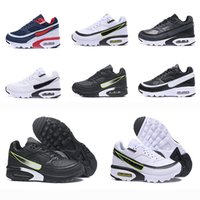 Wholesale soccer shoes for men sale - 2018 Maxes Bw Running Shoes Women Leather Run Sneakers Women Oreo White Black Red Cushion Athletic Sports Shoes For Sale