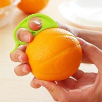 ouvreur fruits orange citron éplucheur achat en gros de-Creative Orange Peelers Zesters Citron Fruit Slicer Facile Ouvre Citrus Couteau Cuisine Outils Gadgets (Couleur Aléatoire)