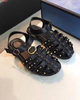 zwei sandalen großhandel-Men Freizeit Sandalen, klassisch, die beste Qualität aus echtem Leder, zwei Farben zur Auswahl, kontaktieren Sie uns für weitere Informationen