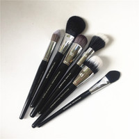 Wholesale Goat Black - Pro brush 41 Domed Stippling 44 Stippling 73 Precision Blush 58 Precision Foundation 40 Flawless Powder 83 Ultra-liquid - Makeup Brushes
