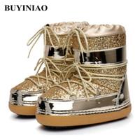 plataformas sapatos invernos para mulheres venda por atacado-2018 Botas de Neve Ankle Boots de Inverno Mulheres Sapatos de Pele Feminina Quente Plus Size Sapatos Casuais Plataforma Non Slip Ouro Bling Lac Up