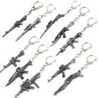 kutulu metal anahtarlıklar toptan satış-Hediye Kutusu ile Silah Modeli Anahtarlık Erkek Mini Silah Anahtarlık Araba Anahtarlık Tüfek Sniper Serin Erkek Takı