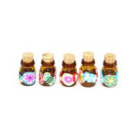 botellas de aceite de vidrio corchos al por mayor-Mini botella de aceite esencial 0,5 ml arcilla del polímero de perfume Frasco de vidrio con corcho natural