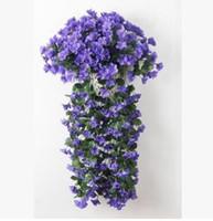 фиолетовый букет оптовых-Экологичный Новый Фиолетовый искусственный цветок букет ротанг отпуск лоза проект мягкой смонтированный стене висит цветок трубопровода декоративный цветок