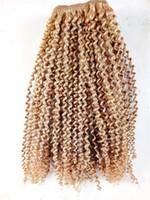 sarışın kıvırcık insan saç uzantıları toptan satış-En Kaliteli Brezilyalı Kinky Kıvırcık İnsan Bakire Remy Saç Demetleri Atkı Saç Uzantıları Koyu Sarışın Kahverengi Renk