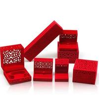 exhibiciones de joyería de alta gama al por mayor-High-end Hollow Ring Package Box Caja de presentación de la joyería Estilo chino tradicional Festivo del banquete de boda Suministros QW8127