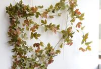 ingrosso decorazione di falsi vitigni-Vite artificiale foglia fiore rattan foglie d'acero fai da te 2 m falso in rattan wedding hotel gazebo decorazione della casa fiore di seta vite