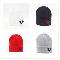 черепа моды tops оптовых-Оптовая мода мужчины шапочка женщины вязаная шапка повседневная спорт cap согреться лыж gorro высокое качество классический поло череп шапки