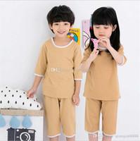 drei viertel hosen mädchen großhandel-Markenbaby-Mädchen-Trainingsanzugkind-Markenpyjamas Dreiviertelärmelbaumwollt-shirt und kurze Hosen 2 PC / Sätze 6 färbt Größe 3-10T