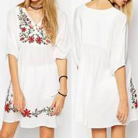 477201f390 Vestido bordado étnico mexicano de las mujeres de Boho del bordado Mini  vestido gitano de la blusa de Hippie