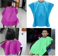 cape de coupe de cheveux salon coiffure achat en gros de-New kid enfant salon imperméable cheveux coupe coiffeurs barbiers cape robe en tissu enfants bébé capes de cheveux top qualité